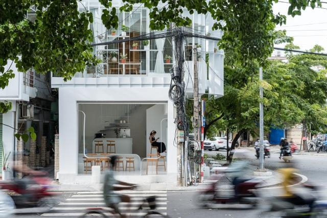 Quán cà phê như lồng chim giữa phố, thiết kế đẹp lạ từ ngoài vào trong - 5