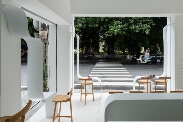 Quán cà phê như lồng chim giữa phố, thiết kế đẹp lạ từ ngoài vào trong - 6