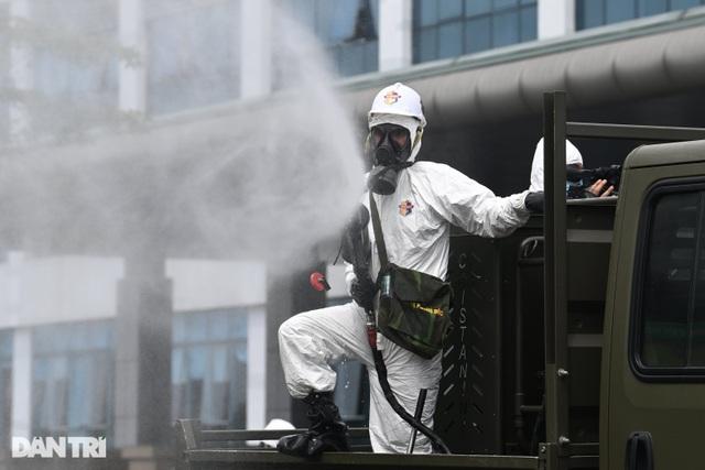 Hà Nội: Thêm 3 trường hợp dương tính SARS-CoV-2 ở Thường Tín, Đông Anh - 1