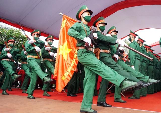 Trọng thể Lễ an táng 95 liệt sĩ quân tình nguyện và chuyên gia Việt Nam - 5