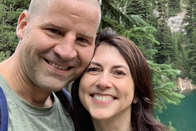 Cuộc hồi sinh đầy ngưỡng mộ của vợ cũ tỷ phú Amazon sau vụ ly hôn ồn ào - 9