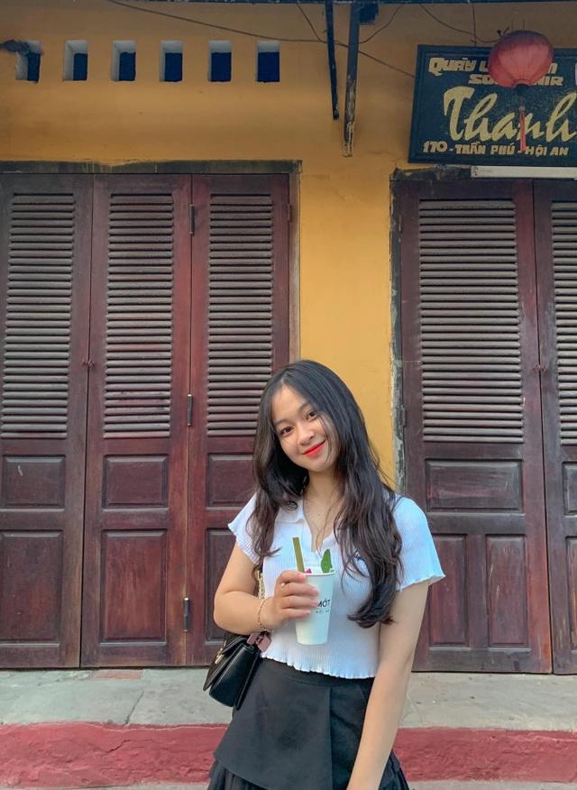 Nữ sinh Quảng Bình xinh xắn, hát dân ca ngọt như mía lùi - 7