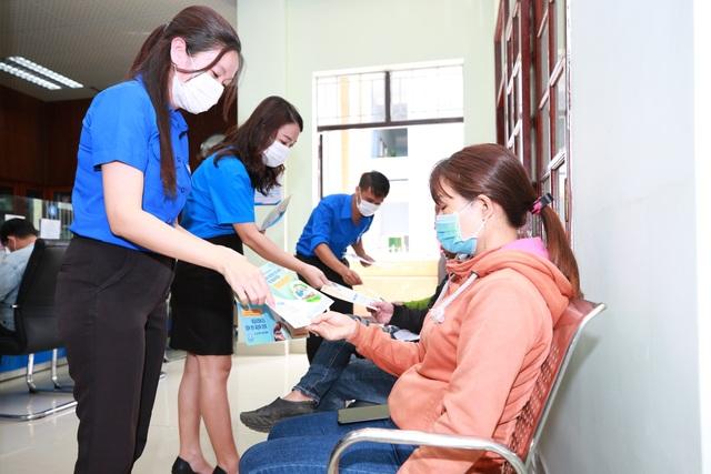 Quảng Nam triển khai các giải pháp hạn chế người lao động nhận BHXH một lần - 2