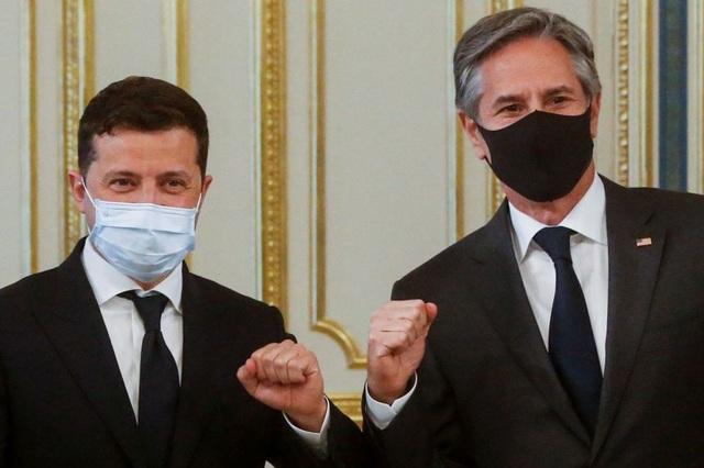 Mỹ tuyên bố ủng hộ Ukraine gia nhập NATO giữa lúc căng thẳng với Nga - 1