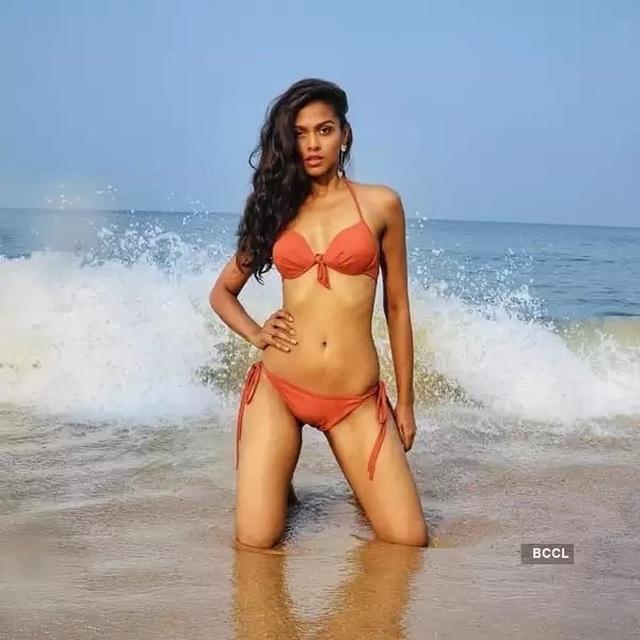Nhan sắc và bản lĩnh của người đẹp Ấn Độ tại Hoa hậu Hoàn vũ 2020 - 21