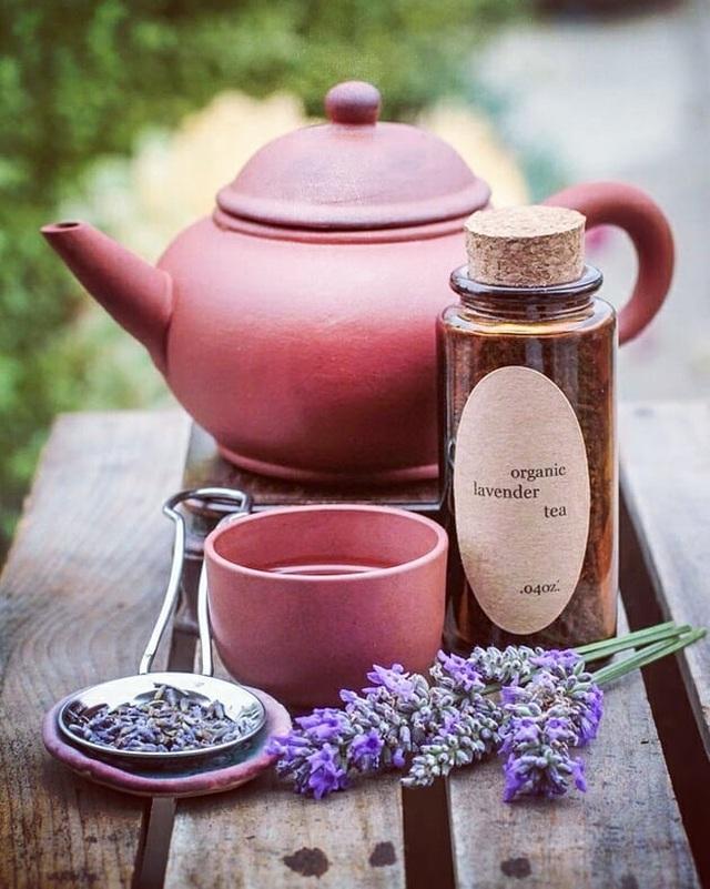 4 loại trà thảo mộc giúp ngủ ngon giấc - 2