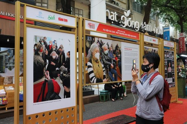 TPHCM: Trưng bày tư liệu vụ kiện da cam của người phụ nữ Pháp gốc Việt - 4