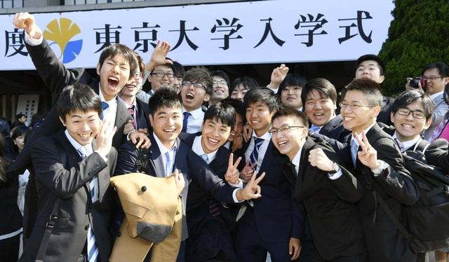 Tuyển dụng trọn đời trong văn hóa làm việc của người Nhật Bản - 2