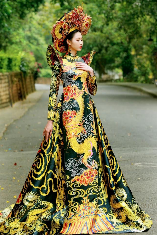 Lộng lẫy áo dài Linh thiêng nguồn cội - Đất tổ Hùng Vương - 3