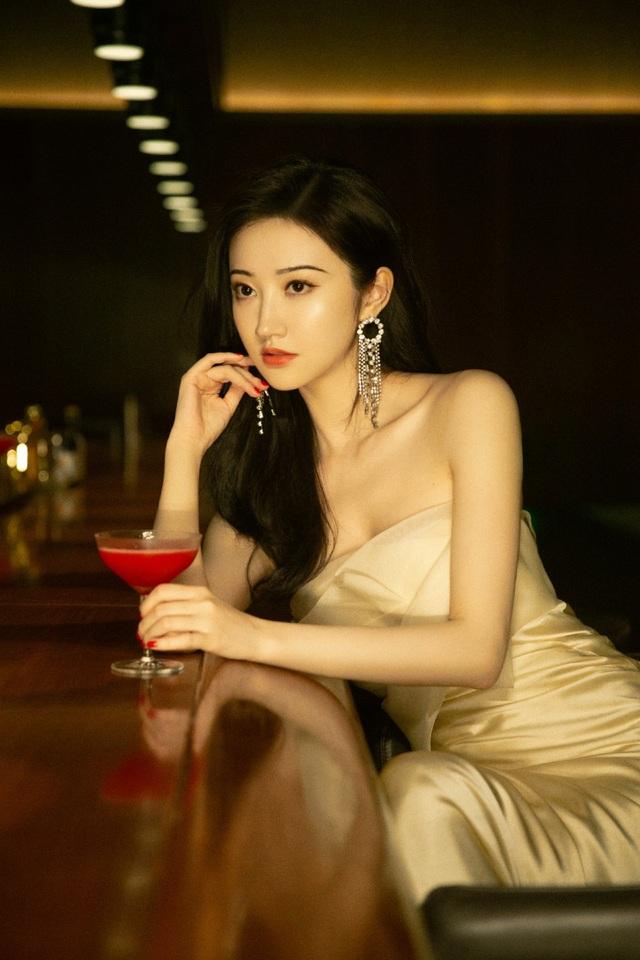 Đệ nhất mỹ nhân Bắc Kinh Cảnh Điềm xinh từ tấm bé - 5
