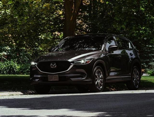 Những mẫu SUV tầm trung tốt nhất 2021 - 1