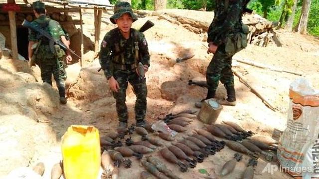 Quân đội Myanmar giao tranh quyết liệt với phiến quân, 40.000 dân tháo chạy - 1