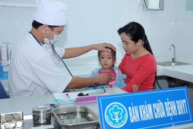 Quảng Nam: Gần 6.000 sinh viên, học sinh chưa tham gia BHYT - 2