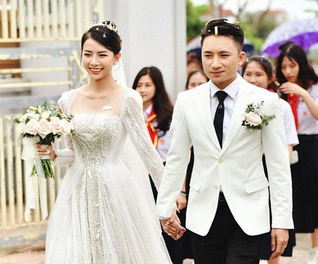 Sao Việt cưới chạy dịch, hoãn cưới vì Covid-19 bùng phát nhiều nơi - 1