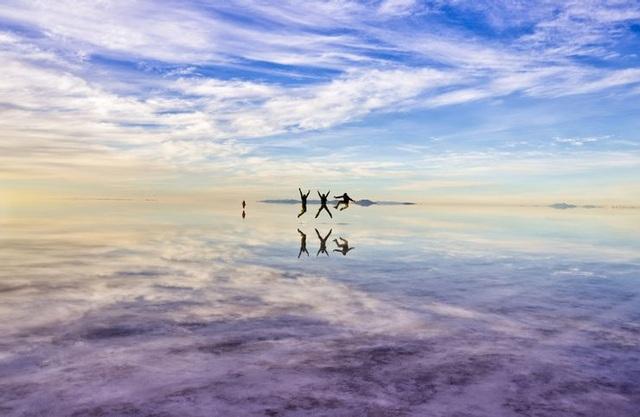 Sửng sốt vẻ đẹp kỳ ảo của 5 sa mạc không cát độc đáo nhất thế giới - 1