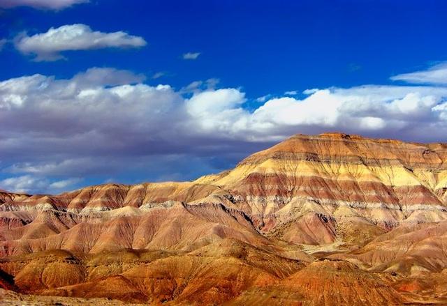 Sửng sốt vẻ đẹp kỳ ảo của 5 sa mạc không cát độc đáo nhất thế giới - 4