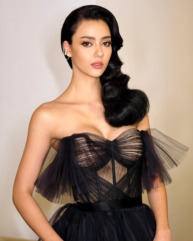 Hoa hậu Thái Lan - Đối thủ đáng gờm của Khánh Vân tại Hoa hậu Hoàn vũ 2020 - 24