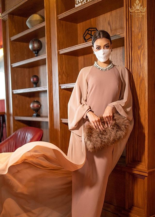 Hoa hậu Thái Lan - Đối thủ đáng gờm của Khánh Vân tại Hoa hậu Hoàn vũ 2020 - 10