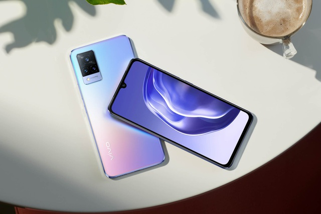 Dưới 10 triệu đồng, chọn mua smartphone 5G nào? - 4