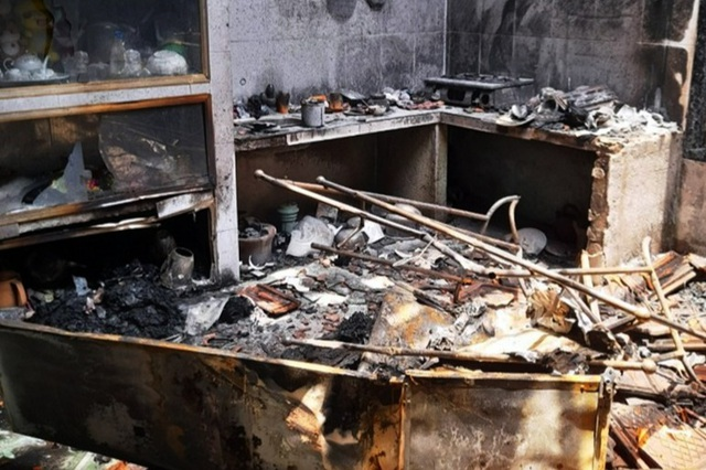 Mua xăng đốt nhà người tình vì gọi điện nhiều lần không nghe máy - 1
