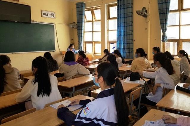 Quảng Trị, Hòa Bình: Cho học sinh nghỉ học từ 10/5 vì Covid-19 phức tạp - 2