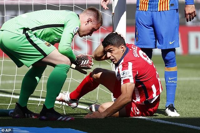 Nỗ lực của Messi không thể giúp Barcelona đánh bại Atletico - 8