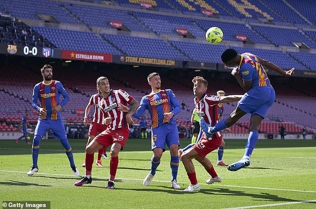 Nỗ lực của Messi không thể giúp Barcelona đánh bại Atletico - 10