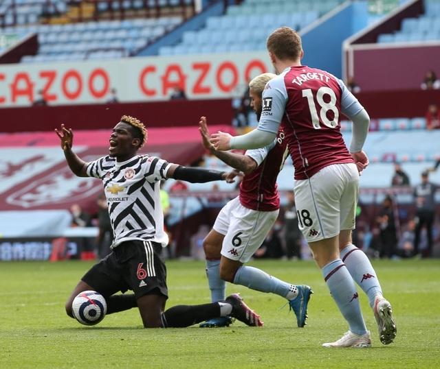 Aston Villa 1-3 Man Utd: 4 phút lật mặt và dấu ấn của Cavani - 1