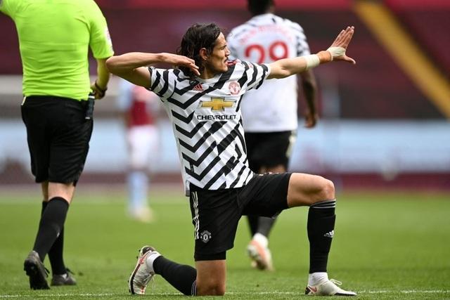 Aston Villa 1-3 Man Utd: 4 phút lật mặt và dấu ấn của Cavani - 2