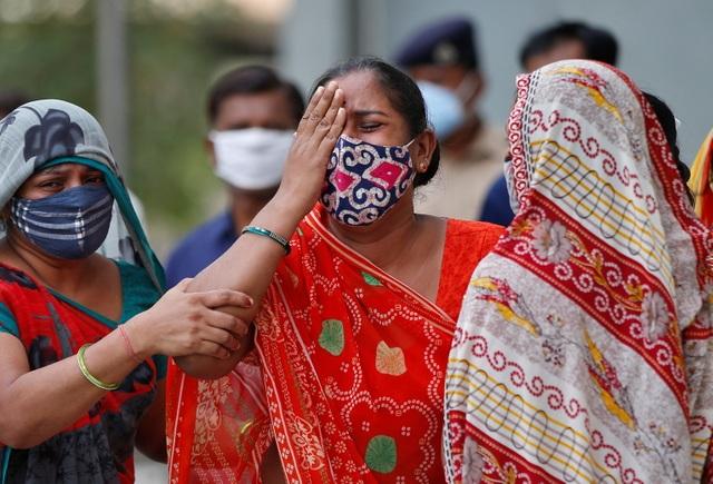 Ngày thứ 2 liên tiếp Ấn Độ có trên 4.000 người chết trong 24 giờ - 1