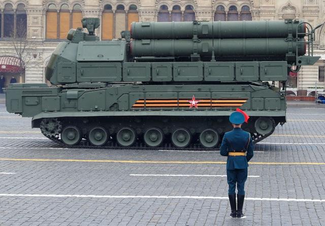Dàn khí tài khủng của Nga trong lễ duyệt binh - 21