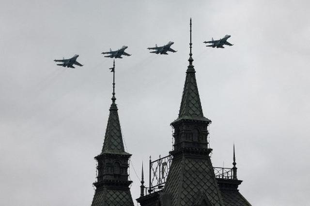 Dàn khí tài khủng của Nga trong lễ duyệt binh - 16