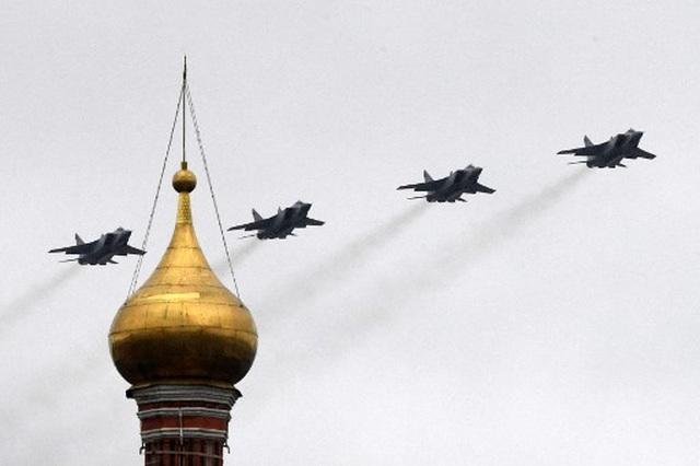 Dàn khí tài khủng của Nga trong lễ duyệt binh - 18
