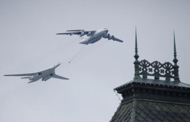 Dàn khí tài khủng của Nga trong lễ duyệt binh - 12
