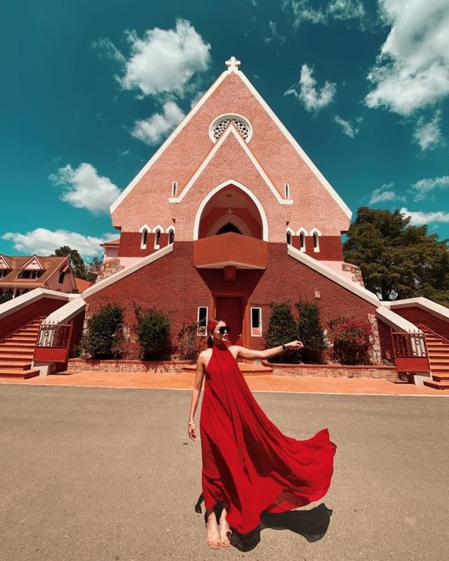 Chụp cháy máy ở 3 nhà thờ màu hồng đẹp nhất Việt Nam - 5