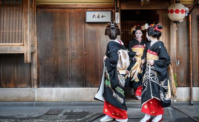Khám phá Kamishichiken, khu phố Geisha lâu đời nhất Kyoto - 6