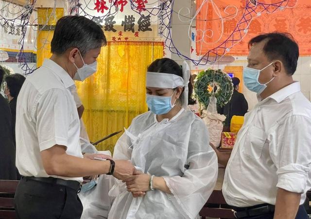 Sở GDĐT TPHCM thăm hỏi và động viên gia đình học sinh vụ cháy thảm khốc - 1