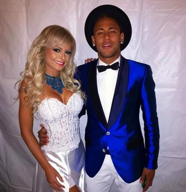 Danh sách tình cũ cực kỳ xinh đẹp, nóng bỏng của Neymar - 11