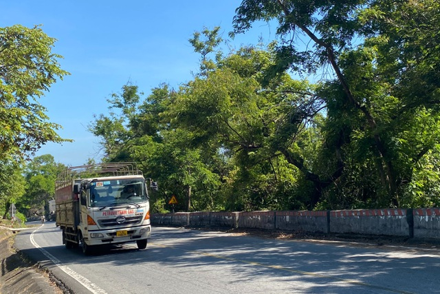Phí qua hầm tăng cao, tài xế ô tô chọn đi đèo Hải Vân - 4