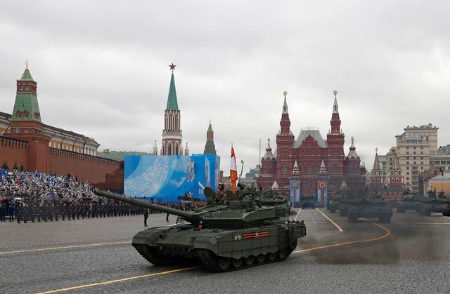Dàn khí tài khủng của Nga trong lễ duyệt binh - 8