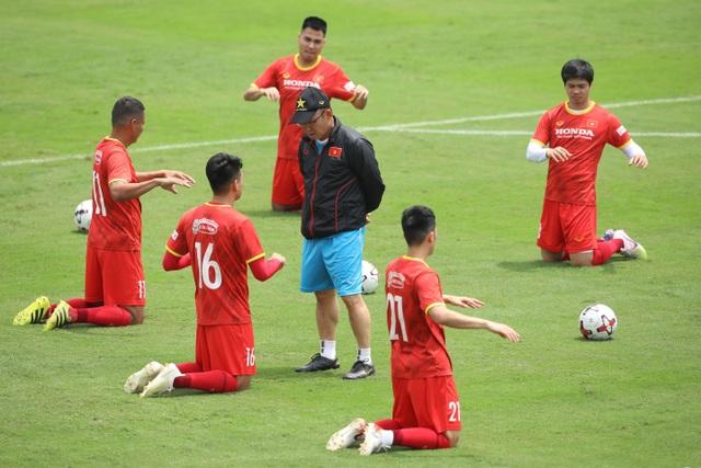 Công Phượng, Anh Đức luyện không chiến chờ đầu Malaysia, UAE - 1