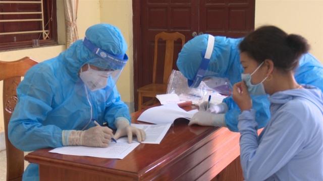 Xuất hiện 2 ca mắc Covid-19, tỉnh Phú Thọ khẩn trương truy vết - 1