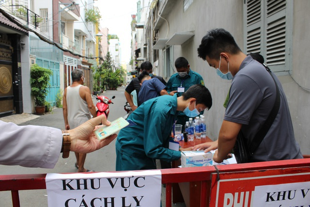 Ca tái dương tính ở hẻm 395 đường Lê Văn Sỹ tiếp xúc 450 người ở TPHCM - 1