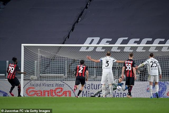 C.Ronaldo gây thất vọng lớn, Juventus thua đậm AC Milan - 3