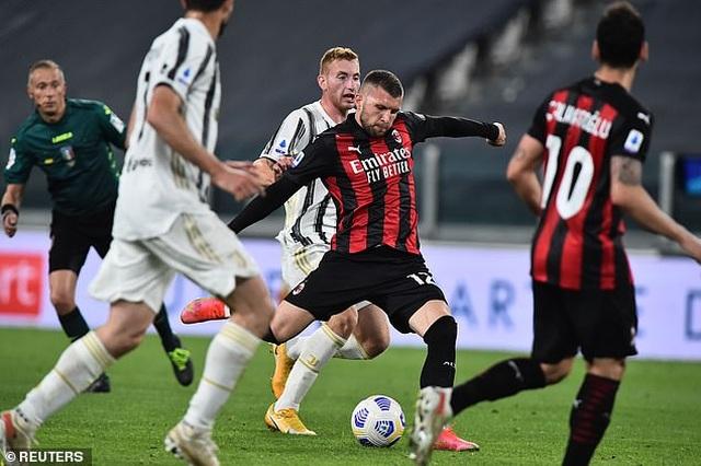 C.Ronaldo gây thất vọng lớn, Juventus thua đậm AC Milan - 4