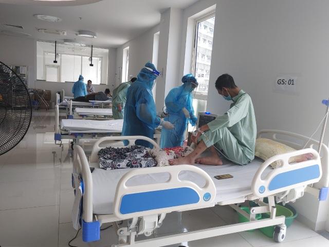 BV Bạch Mai chia lửa, tiếp nhận gần 200 bệnh nhân từ BV Bệnh Nhiệt đới TW  - 5