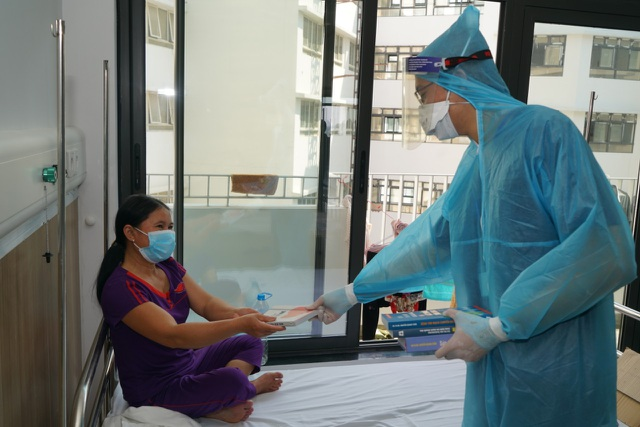 BV Bạch Mai chia lửa, tiếp nhận gần 200 bệnh nhân từ BV Bệnh Nhiệt đới TW  - 3