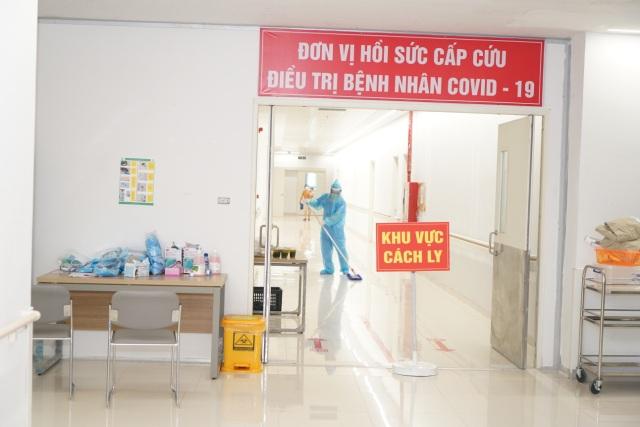 BV Bạch Mai chia lửa, tiếp nhận gần 200 bệnh nhân từ BV Bệnh Nhiệt đới TW  - 4