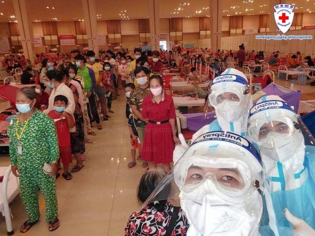 Campuchia ghi nhận 506 ca mắc Covid-19 mới và 6 ca tử vong trong 24 giờ - 1