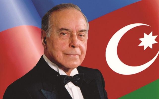 Nhà lãnh đạo đẩy mạnh công cuộc hiện đại hóa ở Azerbaijan - 1